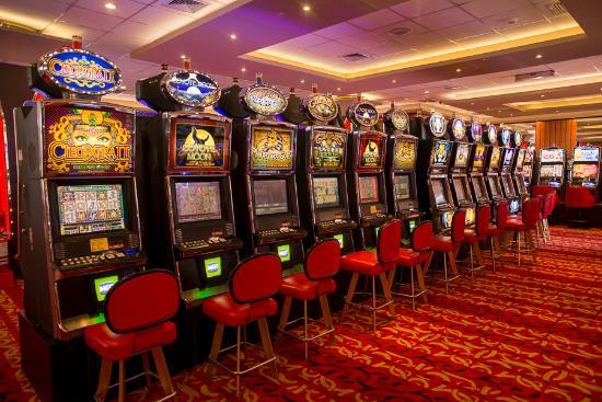 Казино королевство бесплатное интернет казино и игровые автоматы