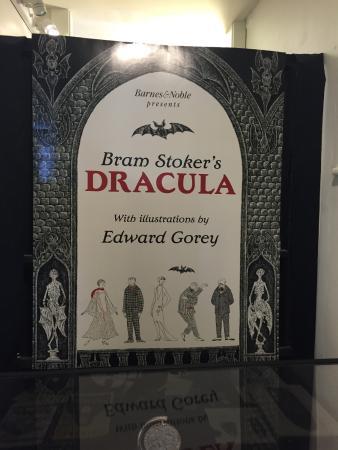 Yarmouth Port, MA: Dracula set