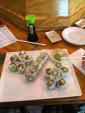 Sushi Palace: photo1.jpg