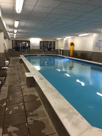 plaza hotel cleveland downtown indoor pool in the basement shallow