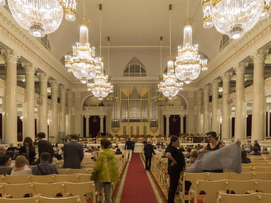 Grand Hall of St. Petersburg Academic Philharmonic Society: グランド・ホール内
