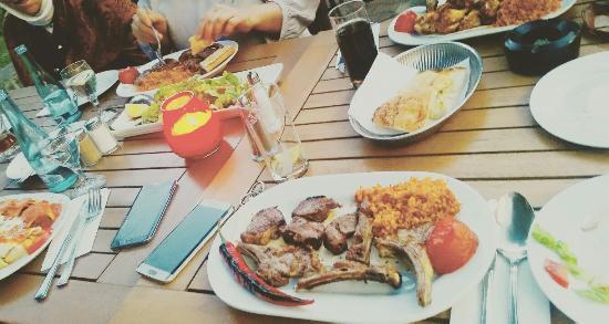 Elida OcakbasI Restaurant