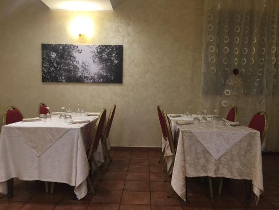 Fossato di Vico, İtalya: photo1.jpg