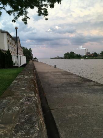 Comfort Inn River's Edge: photo0.jpg