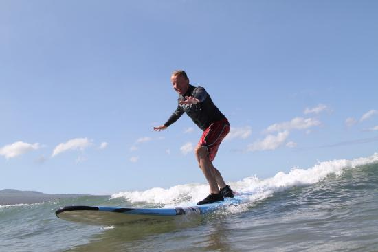 surfing with Maui Wave Riders, Kehei