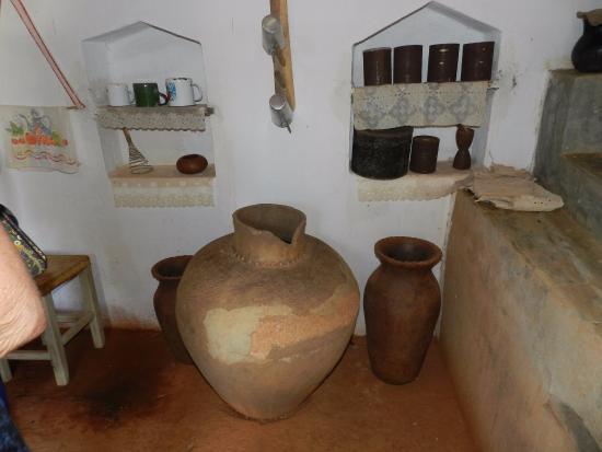 Lino Manoel de Paiva Warrior Memorial: utensílios