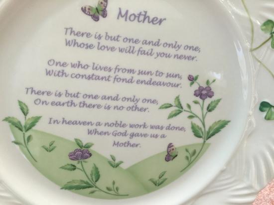 Belleek, UK: Mother