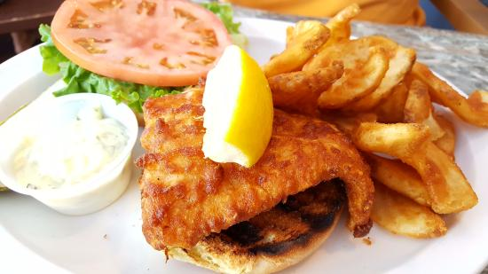 The Anchorage at Sunapee Harbor: Haddock and chips
