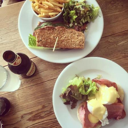 Cardigan, UK: New York Deli Sandwich and Eggs Benedict