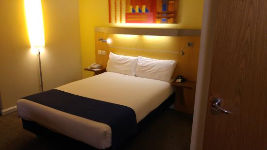 Holiday Inn Express London Croydon: quarto