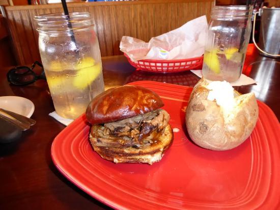 Shelbyville, IN: Pot roast sandwich w/baked potato - look at the drink glasses!