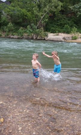 Dawt Mill: Splash
