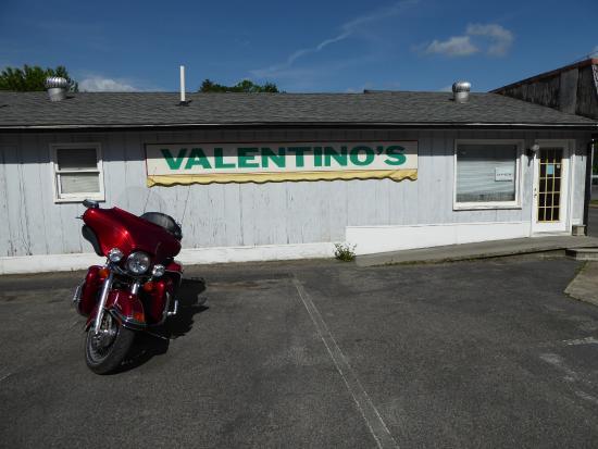 Clintwood, VA: Valentino's outside