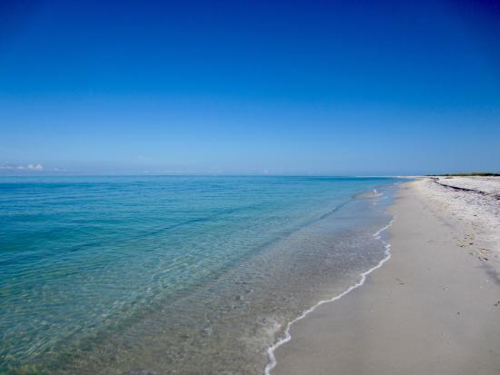 Boca Grande, FL: beach south of camp - water is more blue down this way