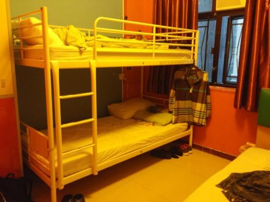 Comfort Hostel HK: 3 beds in female dorm (3dr floor)