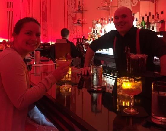Cruise Room Bar