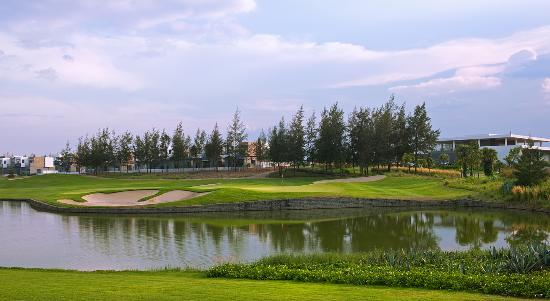 Golf in Danang