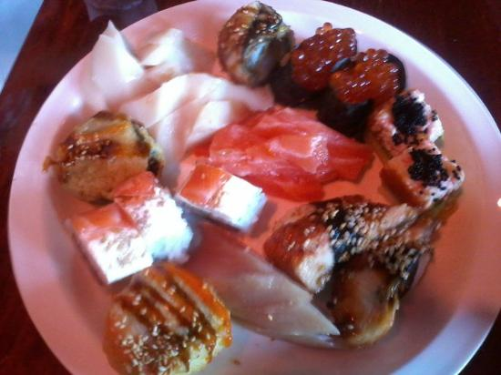 Tokyo One Japanese Restaurant: Salmon Roe, Sea Ell, White Tuna, Salmon, and others