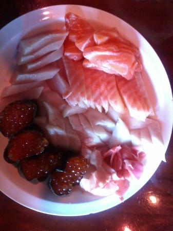 Tokyo One Japanese Restaurant: Salmon, White Tuna, Salmon Roe and Ginger