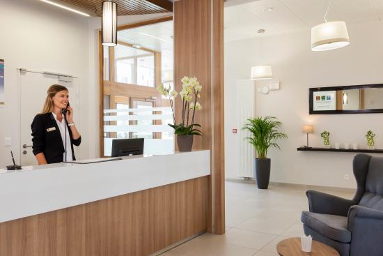 Comfort suites porte de geneve for Porte 12 tripadvisor