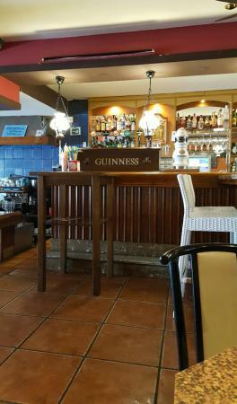 Restaurante pub bocaccio en fuengirola con cocina otras - Cocinas fuengirola ...