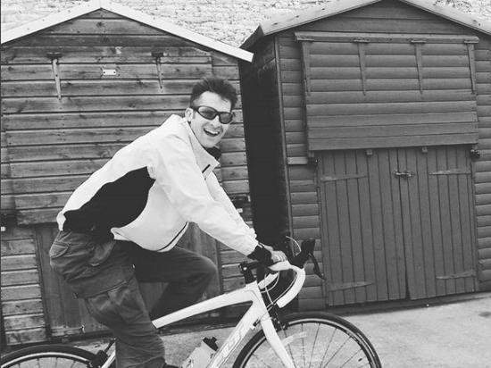 Kent, UK: Happy cyclist