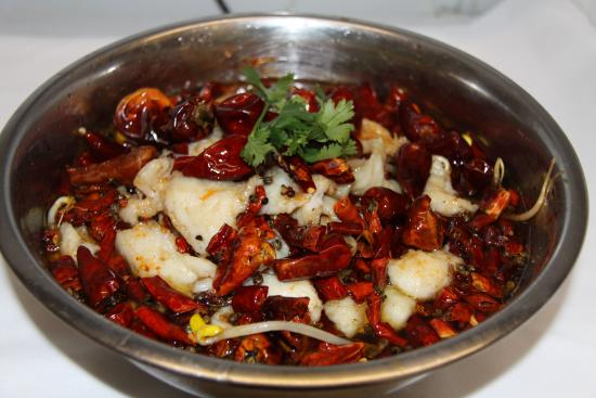 Han Dynasty: Fish fillet with bean sprouts in chili oil