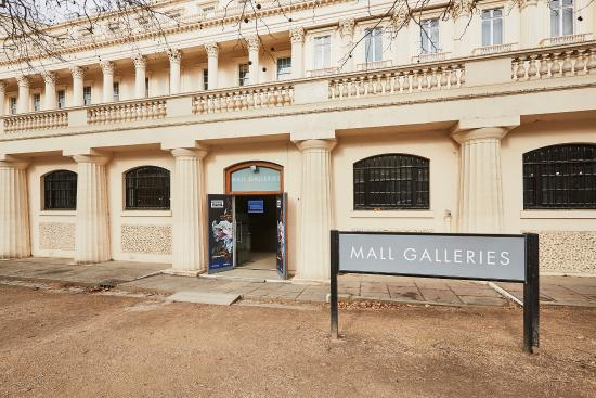 ‪Mall Galleries‬