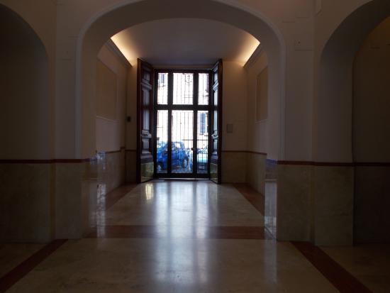 B&B Vatican Town: entrée de l'immeuble