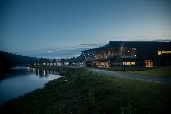 Al Municipality, Noorwegen: Resort at night