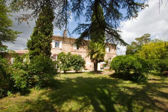 Le Petit Chateau Argoumbat
