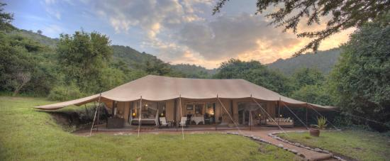 Cottar's 1920's Camp: Cottar's Luxury en suite Family Tent