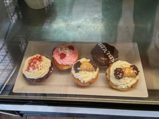 Londonderry, NH: Cupcakes!