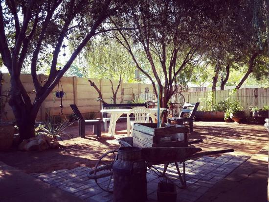 Tsumeb, Namibia: Garden sitting