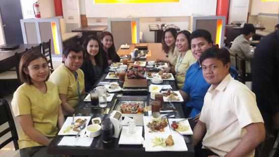 golden king buffet pasay restaurant reviews photos phone rh tripadvisor com