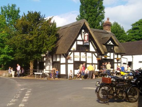 Barthomley, UK: Classic village setting