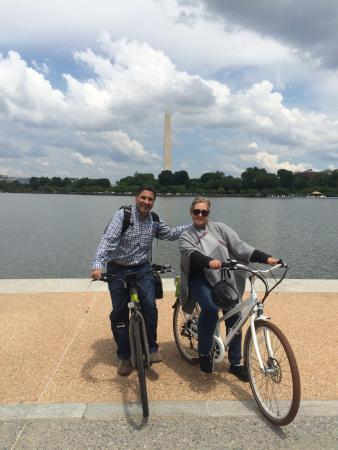 EzBikeRides : Excellent tour! Best and easy way to know the best of Washington D.C in two hours