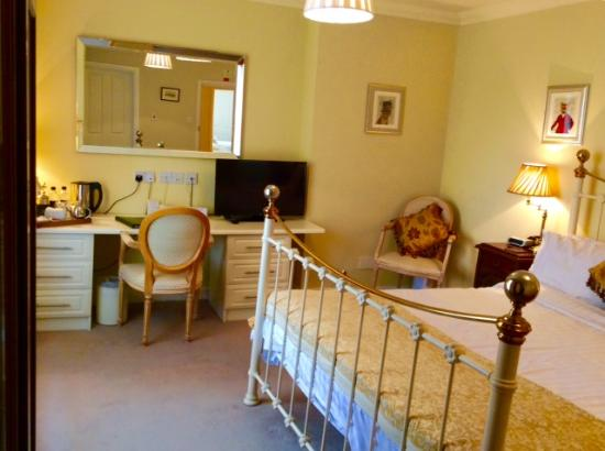 Moortown Lodge: Deluxe double room
