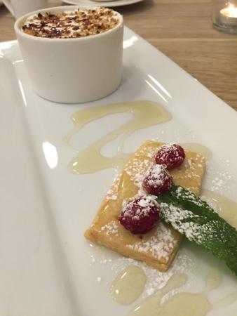 Creme brûlée and shortbread biscuit for dessert, wonderful!