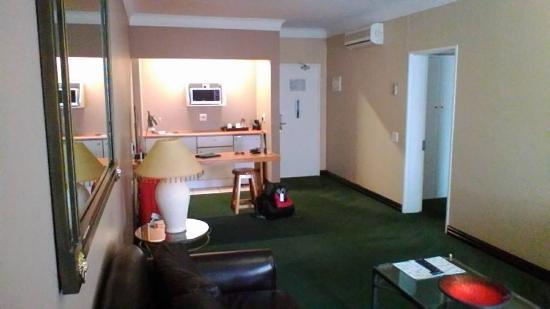 Centurion, Güney Afrika: Lounge Kitchen area