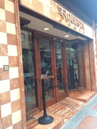 Cafeteria Robusta Laura