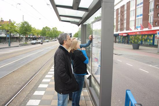Nieuw Slotania Hotel: остановка общественного транспорта