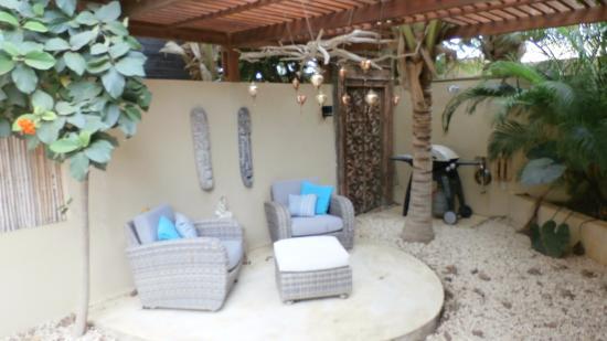 Bamboo Bali Bonaire Resort: prive bbq heaven can wait