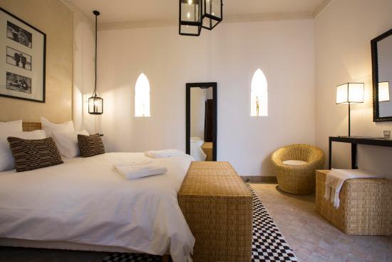 Riad sashema hotel marrakech maroc voir les tarifs - Prix chambre hotel mamounia marrakech ...