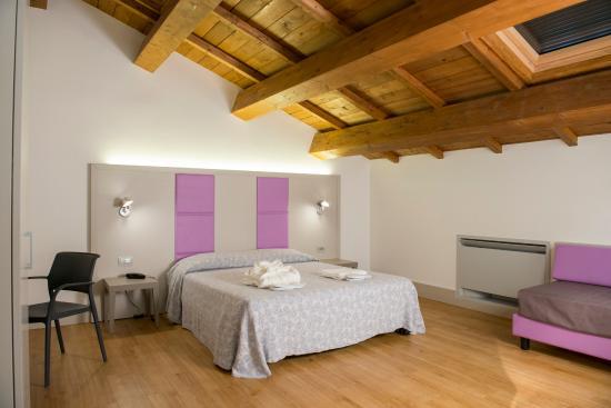 Hotel cursula cascia italia prezzi 2018 e recensioni for Centro assistenza velux