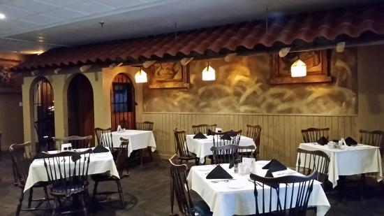 Lancaster, นิวยอร์ก: Dining room