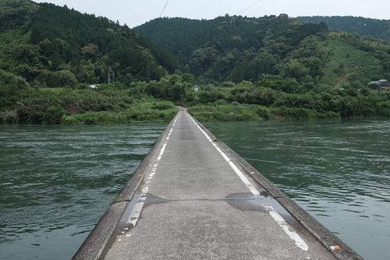 Kochi Prefecture, اليابان: 自転車で走り抜けるとドキドキします。