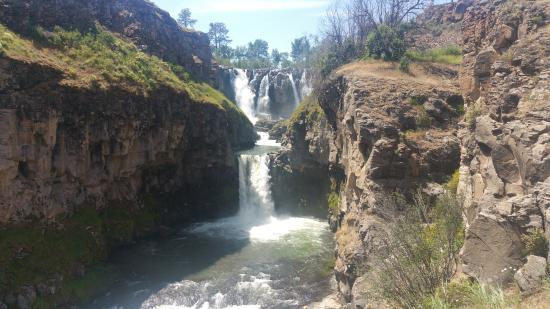 Wasco, OR: Falls from 2nd overlook
