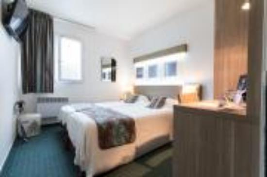 Kyriad carentan hotel france voir les tarifs 66 avis for Prix chambre kyriad