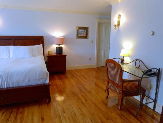 Fly Creek, NY: Paddock View Suite